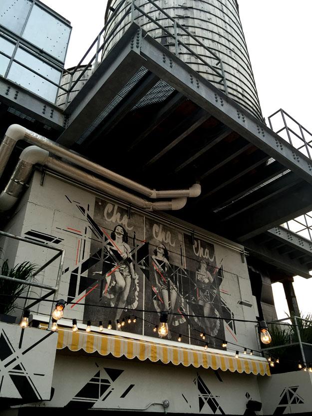 צ'ה צ'ה בר, במלון שלנו בסוהו, Hugo Hotel Soho, בר קוקטילים תוסס