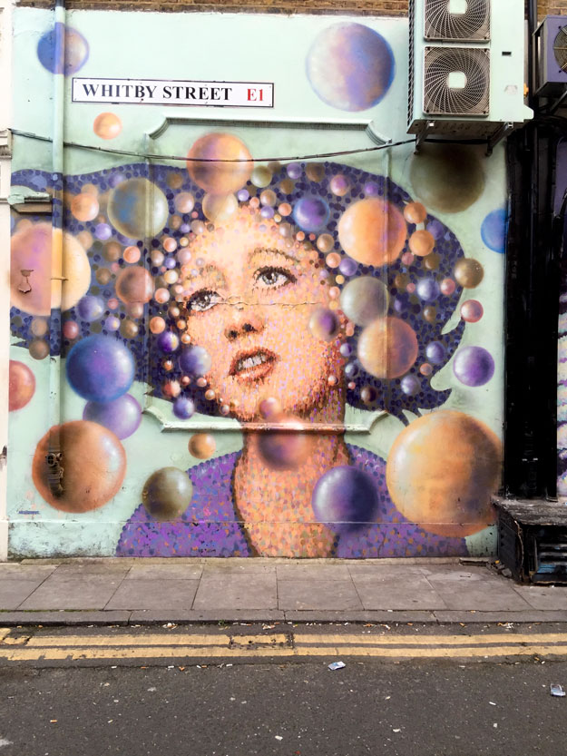 גרפיטי בשכונת שורדיץ' בלונדון