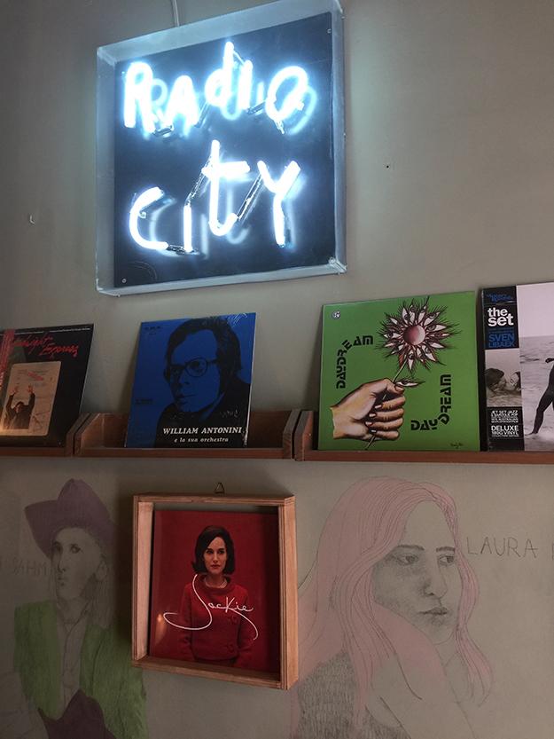 חנות אמנות פופ ארט במדריד