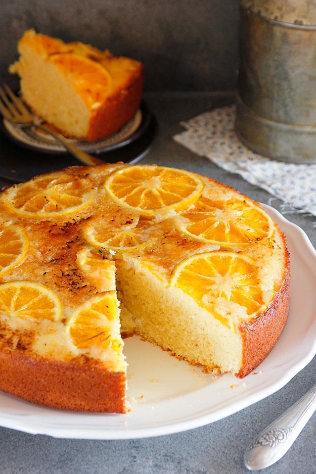 עוגת תפוזים הפוכה עם שקדים ויוגורט של עוגיו.נט, נטלי לוין, קונדיטורית ובלוגרית