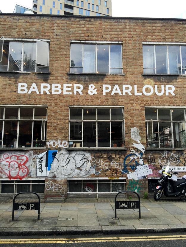 סיור ברחובות בשכונת שורדיץ' בלונדון