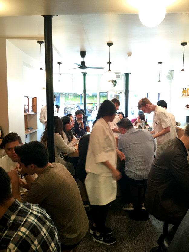באו, מסעדה פצפונת של מטבח טיוואני, הייתה בגלגול הקודם דוכן אוכל רחוב.