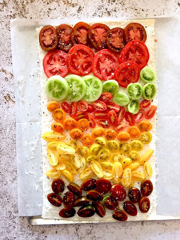 טארט קשת עגבניות שהכנתי לרותם ליברזון בסטודיו